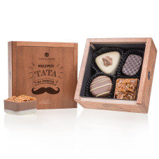 belgian pralines, belgian chocolate, elegance pralines, chocolate pralines, gift, present, chocolate for men, chocolate for boy, chocolate for husband, wooden box, luxury pralines