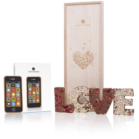 Letters LOVE & Smart Phone