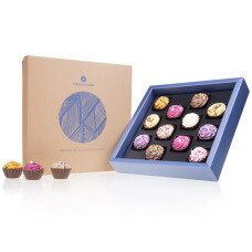 chocolate pralines, belgian chocolate, chocolate CupCakes, gift for women, present for men, birthday gift. pralines, luxury gift