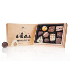Christmas pralines, chocolate in a wooden box